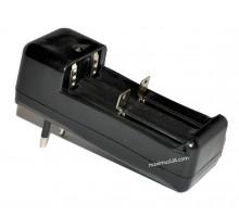 Зарядное устройство 424 для 2ух аккумуляторов 18650 li-ion